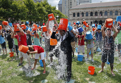 Brands Stay Cool With the ALS Ice Bucket Challenge