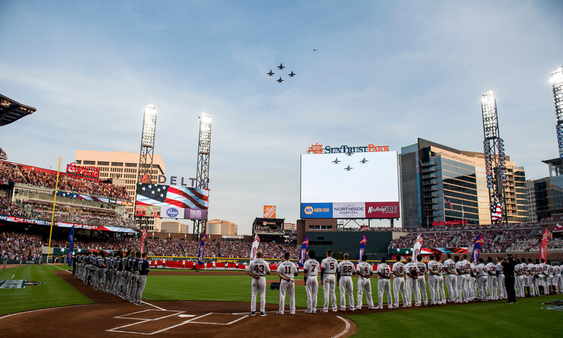 Atlanta Braves take the field at SunTrust Park.