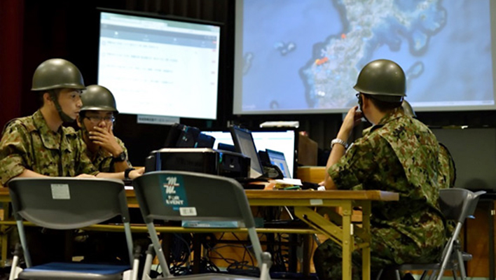 メインビジュアル : 災害現場からのツイッターなどの情報が、救助のレベルを上げる