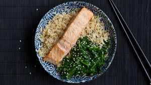 300pxPoached_Salmon_with_Wilted_Spinach_2000x1125.jpg