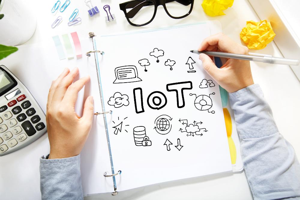 メインビジュアル : IoTに取り組む企業が欲しがる人材とは?