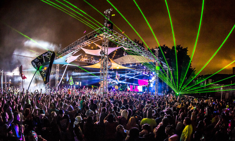 Imagine Music Festival transports you to an aquatic adventure full of art and EDM. (DV Photo Video)