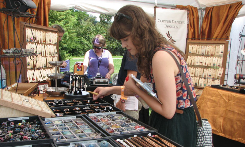 There will be jewelry vendors at Piedmont Park Arts Festival, too.