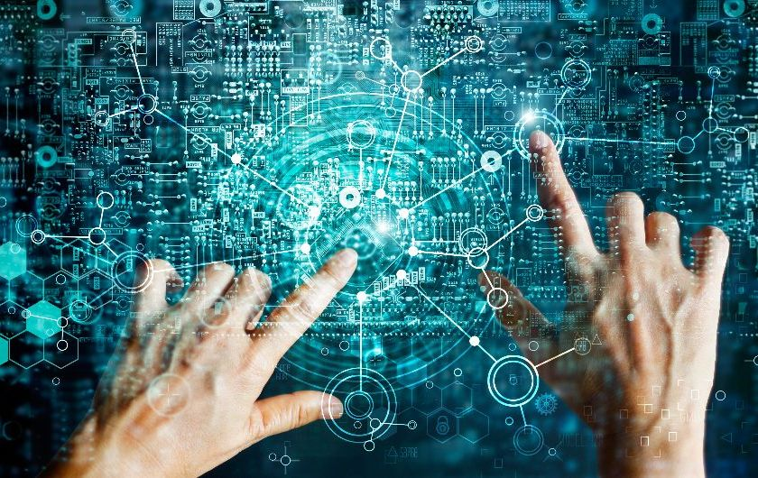 メインビジュアル : AI投資を進める10の業種と台頭する職種分野