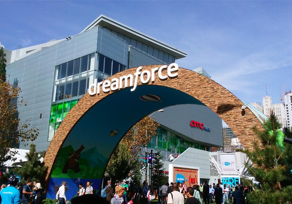 """メインビジュアル : 参加者17万人、世界最大のテクノロジーカンファレンス """"Dreamforce 2017""""に出展"""