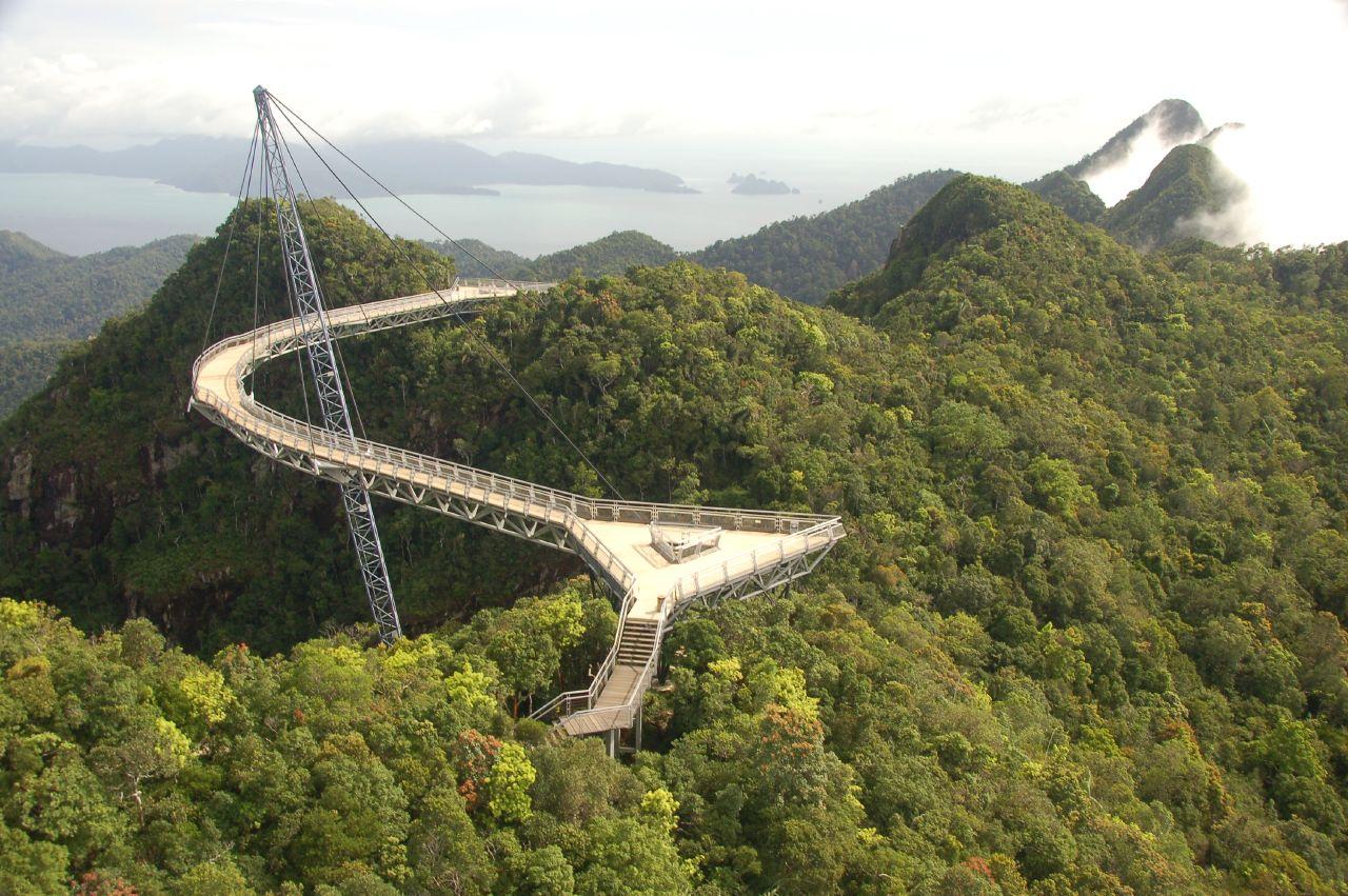 Langkawi_sky_bridge.jpg