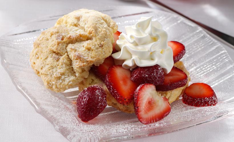 gingered-fresh-strawberry-short-cake-dessert