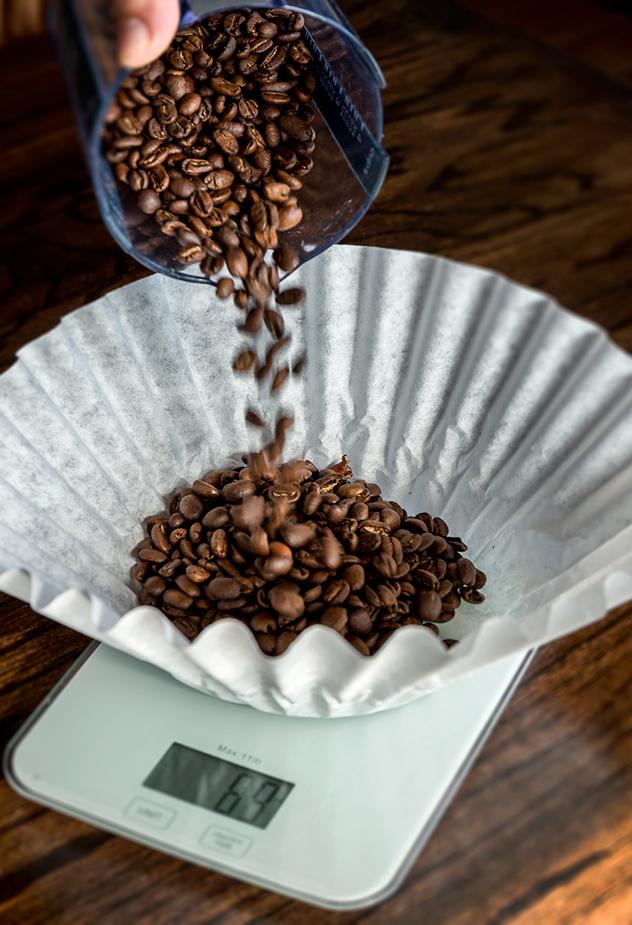coffee-shop_Whole-bean-pour-high-quality-coffee_Original-Photography_Brew-Brew-Coffee-Shop_Barist-Tips_Reddi-WIp.jpg