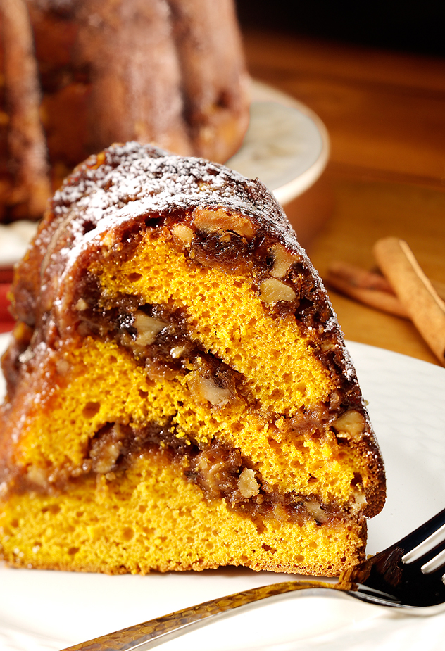 Layered Pumpkin Streusel Cake Recipe