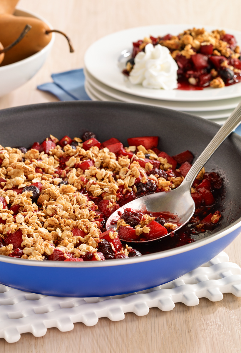 Delicious-Gluten-Free-Skillet-Fruit-Crisp-with-Granola.jpg